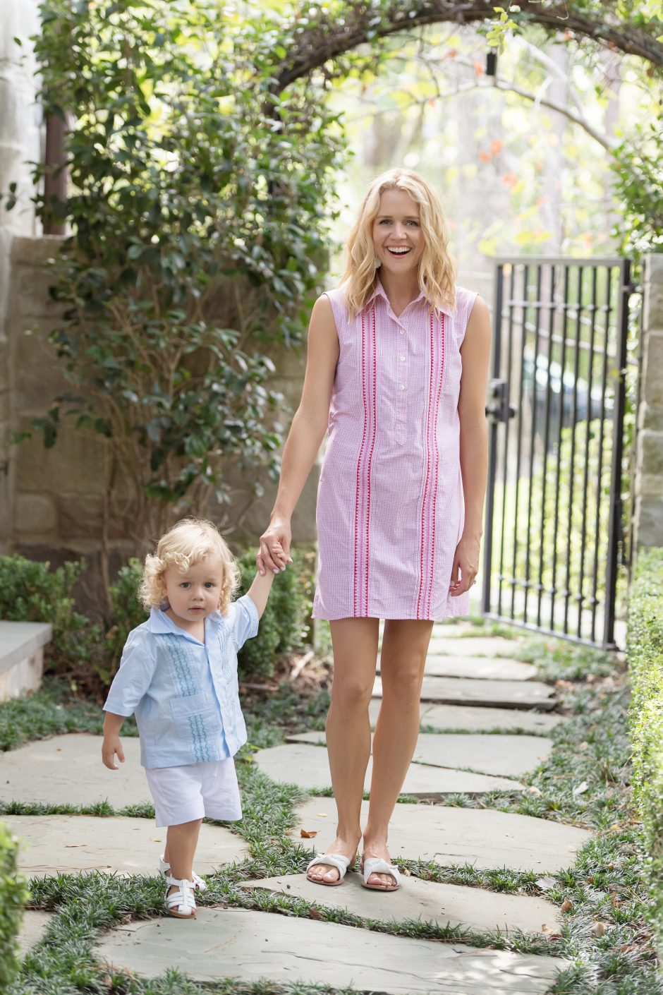 L. Avenue teams up with Paris Texas Apparel Co. to bring you the perfect mom on the go dress